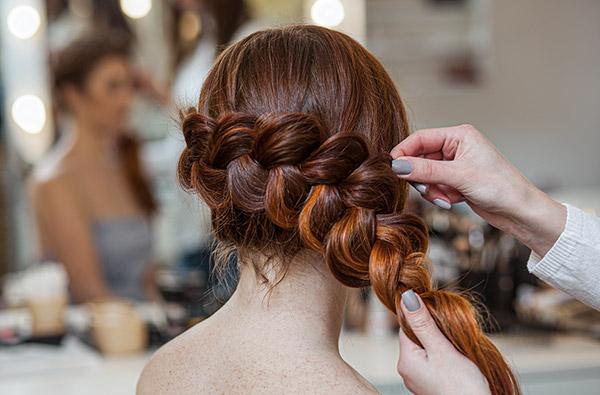 Friseur und Haar